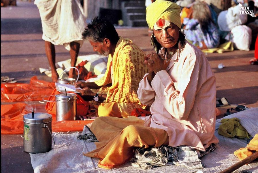Spotyka się z facetem ze wschodnich Indii