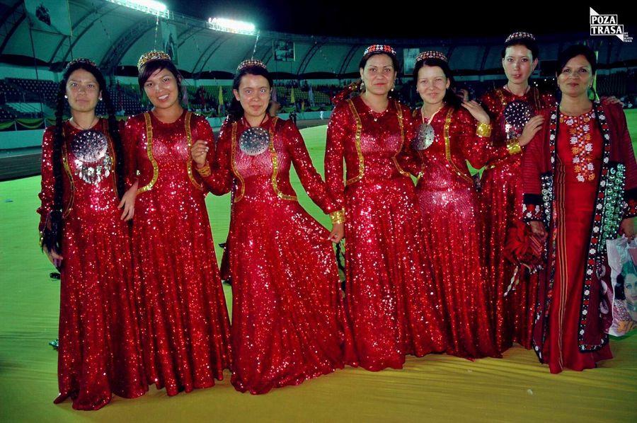 Turkmenbasza z Turkmenistanu Turkmenistan wyprawa podróż