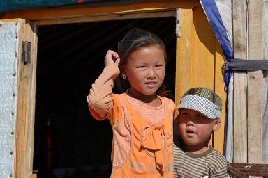 Mongolia dzieci wyprawa podróż