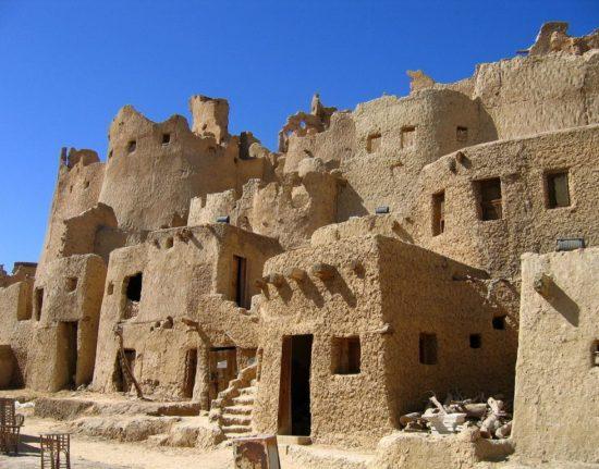 zwiedzanie zabytków Egiptu