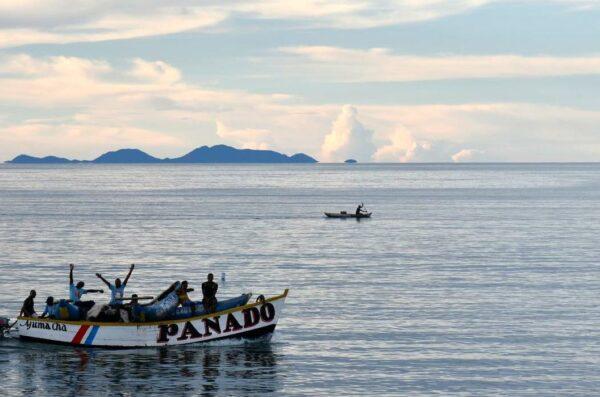 Malawi wyjazd Zachód Słońca Jezioro Malawi 2021