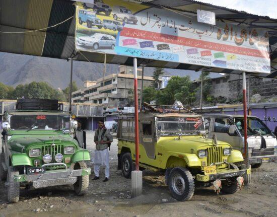 Pakistan SELF-DRIVE Karakorum Highway Ulice Pakistanu Pakistan 2020