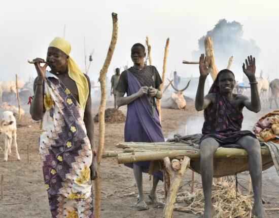 Mundari Poranek Sudan Południowy 2021