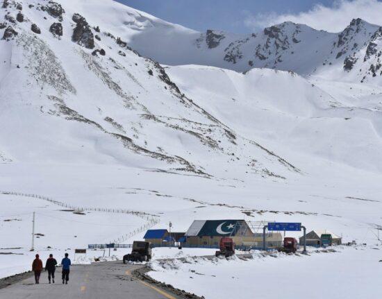 Pakistan Zima Karakorum Khunjerab Pakistan maj 2021